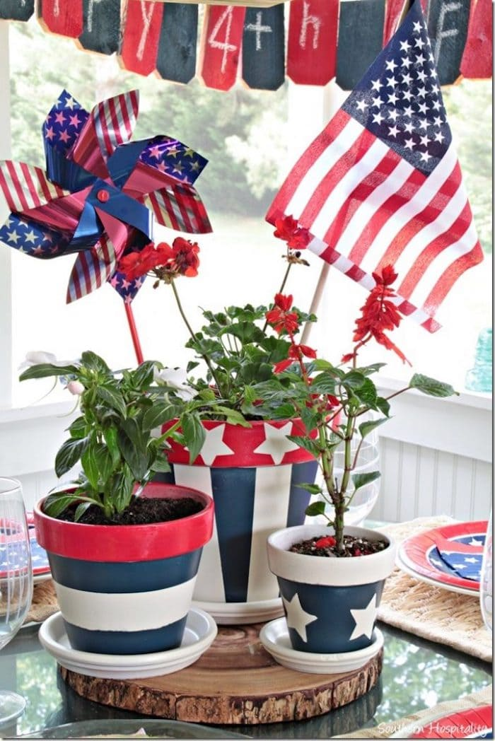 July 4th red white and blue decorations