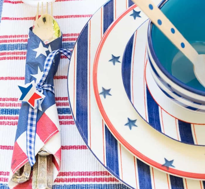 patriotic red, white and blue place setting