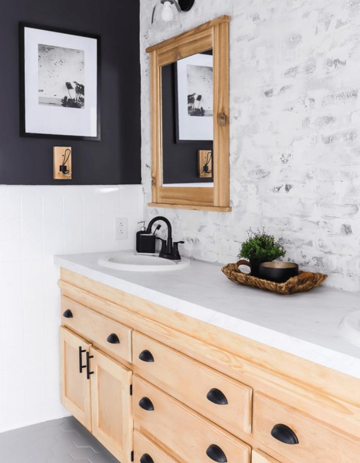 elegant farmhouse bathroom renovation