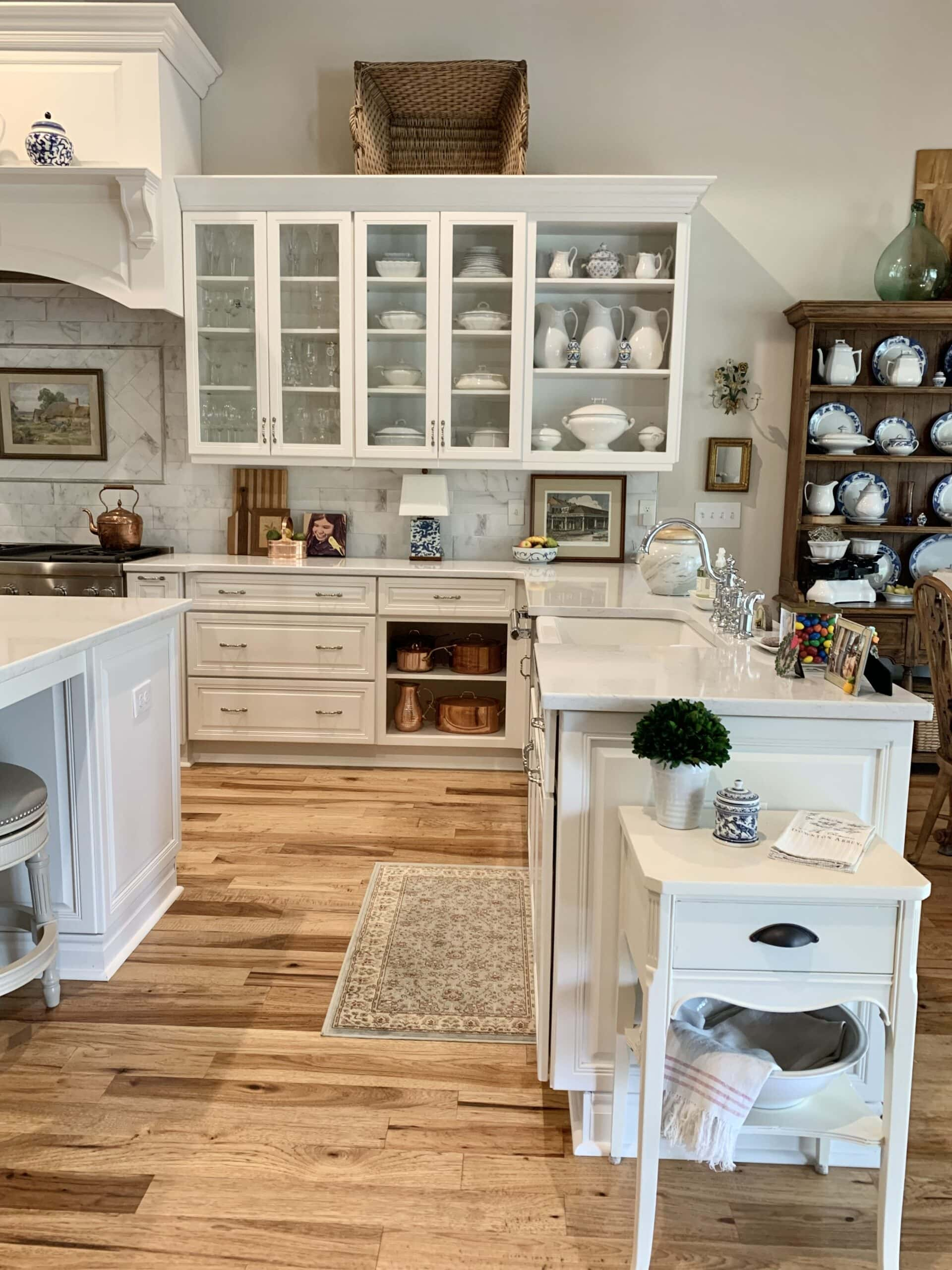 French country style home kitchen