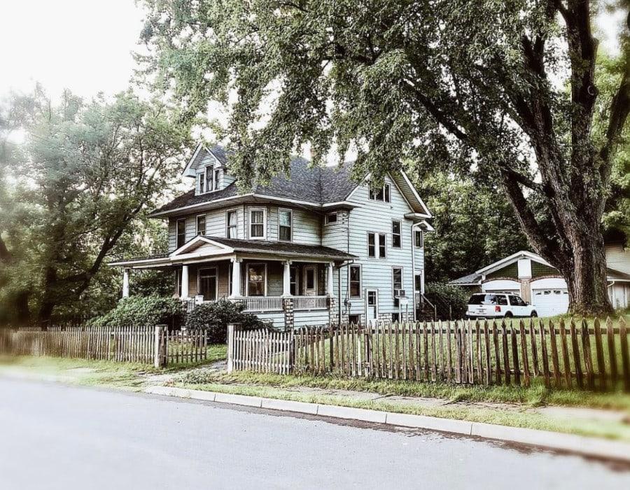elegant historical farmhouse in upstate new york