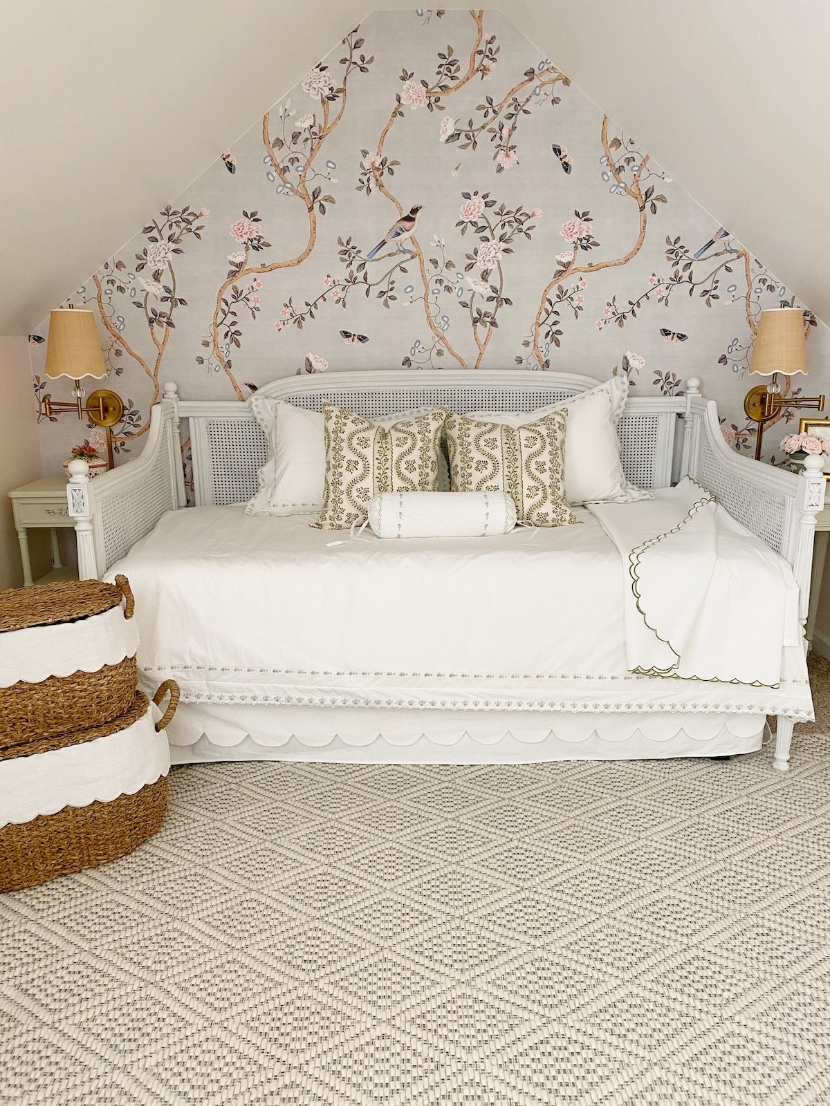 Chinoiserie bedroom with a daybed elegant transitional grandmillennial home