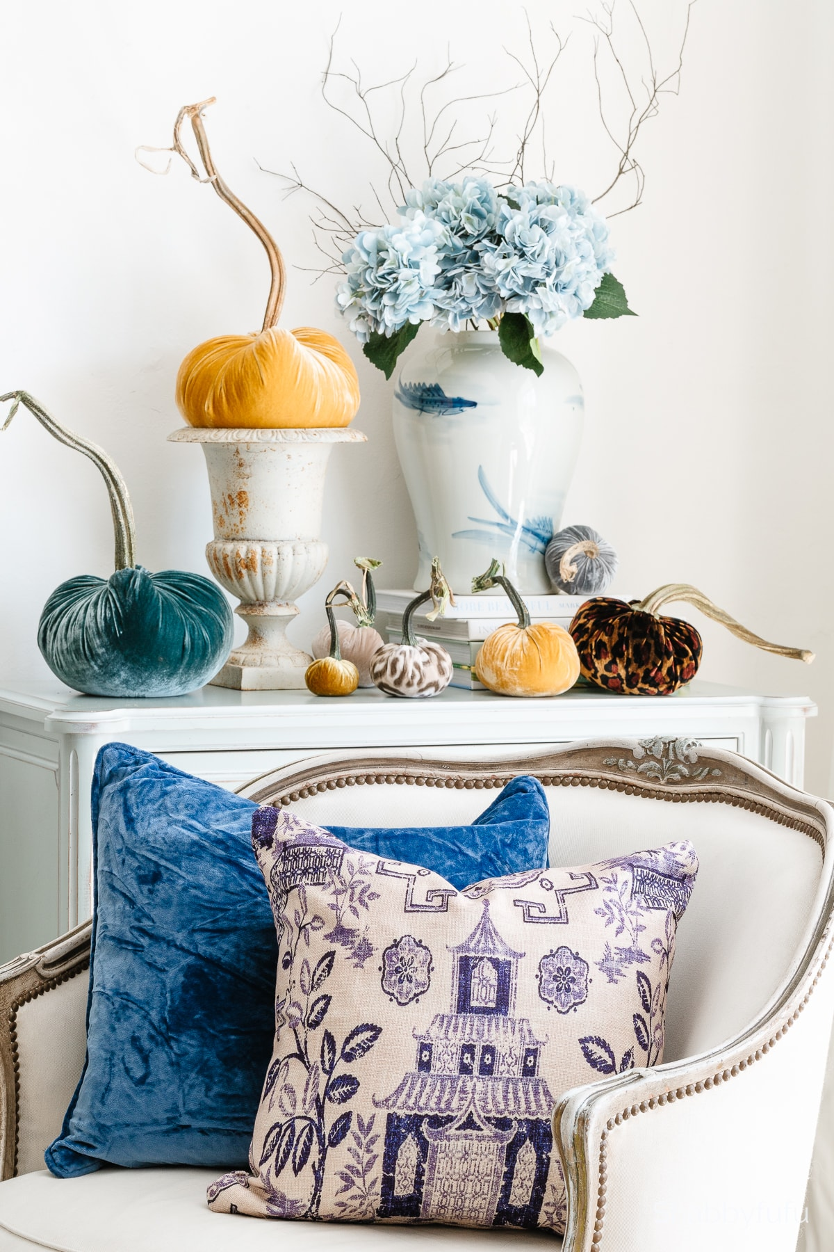 luxe fall decorating with velvet