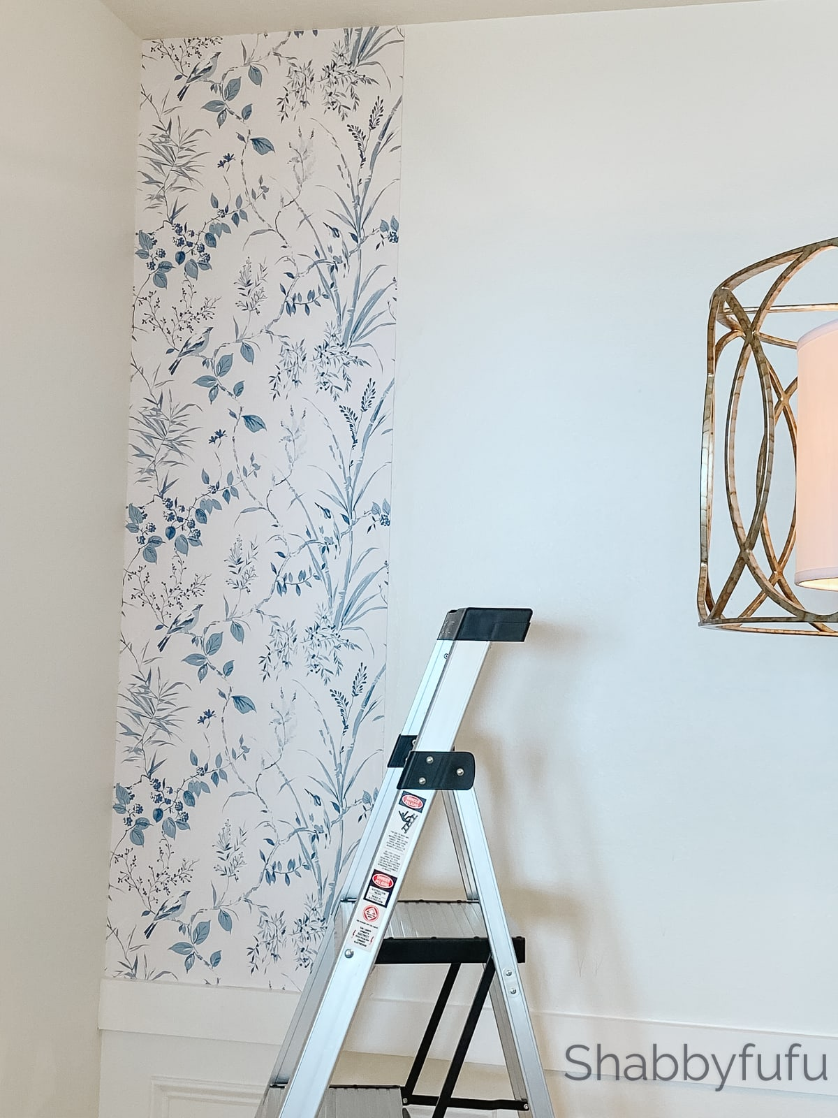 floral and bird wallpaper in the style of Gracie wallpaper